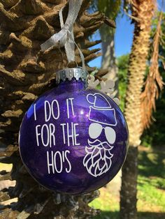 traditional christmas tree Rude Tree Ornaments For People Who Hate Christmas Funny Christmas Ornaments, Naughty Christmas, Merry Christmas, Diy Christmas Gifts, Christmas Projects, Christmas Tree Ornaments, Christmas Decorations, Glitter Ornaments, Diy Ornaments