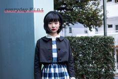 『everyday F i.n.t』フレンチシックに憧れて、フィントと春の10日間 -day1- 《春を探しにいきたくなる、ギンガムチェック柄のワンピース》  春の兆しが見え始めたら、華やかな主役級のワンピースを身にまとって新鮮な気持ちで出かけたい。文化学園大学ファッションクリエイション学科の塩入加奈子さんは、美術館やカフェなどおしゃれな場所に出かけるときに着たい服を意識してコーディネートしたそう。  http://soen.tokyo/fashion/everyday/fint170303.html