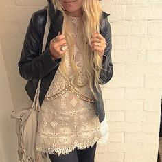 Gorgeous. Such a beautiful combination of delicate & edgy rolled into one outfit.