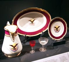 File:Lincoln White House service set 1861 - Smithsonian Museum of Natural History - 2012-05-15.jpg