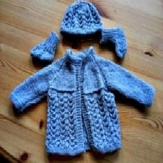FREE baby knit patterns here:   Easy Baby Knitting Patterns are so very important to have in your repertoire.