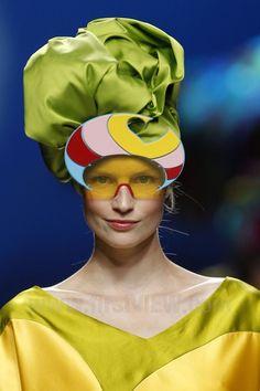 Agatha Ruiz de la Prada - Ready-to-Wear - Runway Collection - Women Spring / Summer 2011