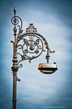 Dublin-Lamp-Post.jpg (599×900) #StreetLamp