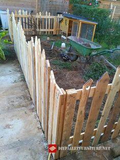 construction d 39 un enclos pour poules lapins canards nos poulettes. Black Bedroom Furniture Sets. Home Design Ideas
