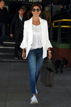 White Jacket Outfit, Estilo Fashion, Tennis Clothes, Powerful Women, Passion For Fashion, Cloths, Spring Fashion, Casual Outfits, Normcore