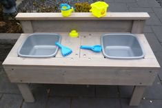Handmade Home, Mud Kitchen, Play Houses, Baby Love, Diy For Kids, Home Interior Design, Man, Sweet Home, Woodworking