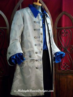 This lovely coat. With the blue changed to match the exact shades of the hat Renaissance Pirate, Renaissance Wedding, Renaissance Costume, Medieval Costume, Renaissance Clothing, Renaissance Fair, Pirate Garb, Pirate Wedding, Period Outfit