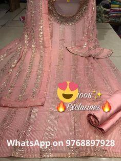 Latest Punjabi Suits Design, Pakistani Formal Dresses, Womens Dress Suits, Work Suits, Cotton Suit, Work Party, Saree Dress, Abayas, Trouser Suits