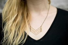 bent wire necklace