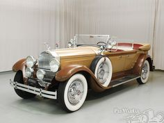 1929 Packard Custom 8 Phaeton - (Packard Motor Car Company Detroit, Michigan…