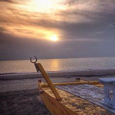 La pace della mattina! #riccione #alba -Instagram by saraurbi