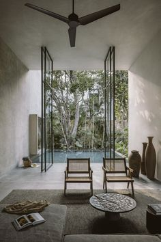 Aviv House in Tulum, Mexico by CO-LAB Design Office | Yellowtrace Patio Interior, Home Interior, Interior And Exterior, Interior Design, Design Art, Upstairs Bedroom, Bedroom With Ensuite, Tulum Mexico, Casa Sexy
