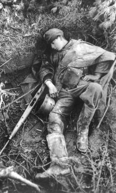 WWII ..... Young German soldier killed in the Netherlands