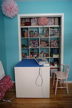 love this. i must read craftroomhom offic, the doors, studios, fabric storage, desk, closet, sewing rooms, storage ideas, craft rooms