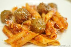 One Pot Penne & Meatballs (in the Instant Pot). Easy and tasty, but next time shorten cooking time to 5 mins (rule of thumb: 1/2 time listed on pasta box).