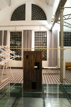 Holzarbeit von LVPH architectes.