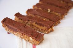 The Hardihood - Raw Snickers Bars. Sugar-free, Gluten-free, Dairy-free.