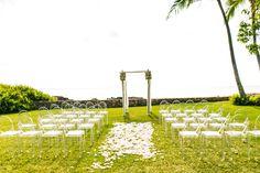 Modern + Vintage Oahu Wedding at Lanikuhonua  Read more - http://www.stylemepretty.com/destination-weddings/2014/01/28/modern-vintage-oahu-wedding-at-lanikuhonua/