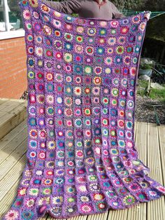 Flowers in the Snow Crochet Bedspread, Crochet Blankets, Cascade 220, Crochet Projects, Crochet Ideas, Cute Crafts, Crafty, Quilts, Afghans