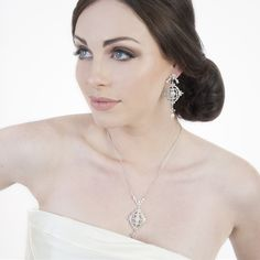 Victoria filigree pendant necklace by Stephanie Browne
