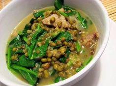 Filipino Mungo Guisado (Mung Bean Soup)