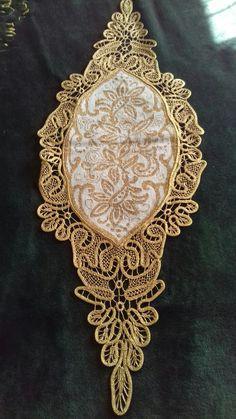 Elsa, Tables, Brooch, Lace, Jewelry, Brogue Shoe, Mesas, Jewlery, Jewerly