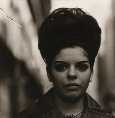 Diane Arbus, Woman with a beehive hairdo, 1965 Modern Photography, Photography Gallery, Diana, Best Portrait Photographers, Isabella Blow, Vintage Words, Diane Arbus, Natural Hair Styles For Black Women, Photographs Of People