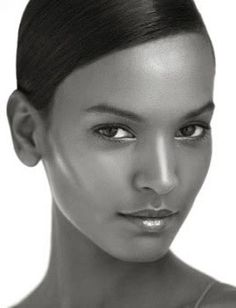 Liya Kebede, not just a gorgeous mom but also WHO's ambassador for Maternal, Newborn and Child Health.