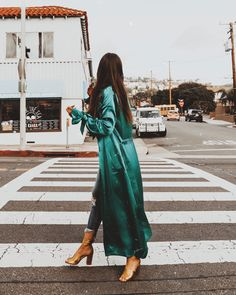 I always have a toss-up between look cute and comfy or totally put together. Shopping on Revolve. Satin Duster, Satin Coat, Silk Duster Coat, Green Fashion, Spring Fashion, Style Fashion, Fashion Ideas, Hippie Fashion, Emerald Green Outfit