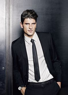 Mario Gomez wearing the Big Pilot DFB edition.