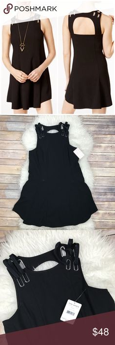 "NWT Free People Baby Love Mini Dress New with tags Free People Baby Love Mini Dress. Black. Size XS. 62% polyester, 32% rayon, 6% spandex. Bust 35"", waist 34"", hips 48"", length 33"". No trades, offers welcome. Free People Dresses Mini"