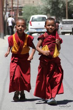 Monks Young Lama Monks Leh, India 2013. Want to be featured on The Click Chicks Blog?  Send 8 to 10 photos along with a few sentences to a couple of paragraphs describing your journey with photography. CONTACT ME: clickclickchicks@gmail.com