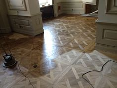 If you are looking for natural wood flooring in London, Fix Flooring offers stunning quality flooring services.