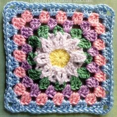 April showers bring May flowers, and this Daisy Days Granny Square Pattern is one of them! There's no better way to welcome spring than with a new crochet granny square, especially one as beautiful as this. Grannies Crochet, Granny Square Crochet Pattern, Crochet Flower Patterns, Crochet Squares, Crochet Motif, Crochet Flowers, Granny Squares, Afghan Patterns, Square Patterns