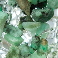 We proudly carry VitaJuwel USA products including this beautiful blend of #Emerald and #RockCrystal, purposefully named #Vitality! Water Healing = The #Essence of #Optimum #Skincare!