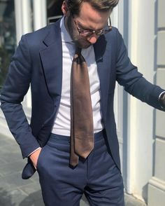 Ties What Every Gentleman Should Know About Ties Suit Shirts, Mens Fashion Blog, Gentleman Style, Blue Suits, Gq, Create Your Own, Menswear, Style Inspiration, Blazer