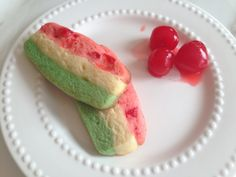 Shortbread Cookies- I only used the red and green layers and I added pistachios to the green half.Spumoni Shortbread Cookies- I only used the red and green layers and I added pistachios to the green half. Italian Cookie Recipes, Sicilian Recipes, Italian Cookies, Italian Desserts, Pastry Recipes, Italian Wedding Cookies, Italian Foods, Vegan Recipes, Cooking Recipes