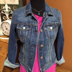 CUTE AMERICAN EAGLE DENIM JACKET!!  American Eagle Denim jacket which is slightly fitted and in GREAT condition!!!!  My daughter never wore it. Button up in front. Folded up wrists. Adorable!! American Eagle Outfitters Jackets & Coats Jean Jackets
