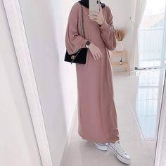 Modest Fashion Hijab, Modern Hijab Fashion, Muslim Women Fashion, Casual Hijab Outfit, Hijab Fashion Inspiration, Hijab Chic, Modest Outfits, Fashion Outfits, Mode Abaya