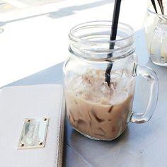 mason jar café frio