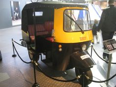bond cars and vehicles | Auto rickshaw (Tuk-Tuk taxi) - Octopussy featured this Honda engined ...