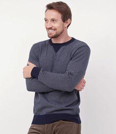 Blusão masculino  Manga longa  Marca: Blue Steel  Tecido: moletom  Composição: 100% algodão  Modelo veste tamanho: M     Medidas do modelo:     Altura: 185    Tórax: 97    Cintura: 78    Manequim: 40     COLEÇÃO VERÃO 2017     Veja outras opções de    blusão masculinos.
