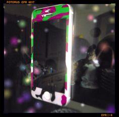 #cover #iphone #hitech #camo #cool #girly #pet #geek #fashionblogger #fashionblog #lifestyle #accessories #trend #sticker idee accessori sticker iphone 5 , 5S aiino, cover camo, incollare l' iphone allo specchio beauty blogger, amanda marzolini the fashionamyblo...