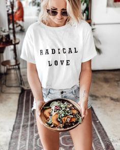 The Best Healthy Cafes in Byron Bay - The Fit Foodie Australia Map, Australia Funny, Cairns Australia, Great Barrier Reef, Healthy Cafe, Banana Slice, Protein Ball, In Season Produce, Cute Boutiques