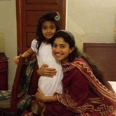 Sai pallavi veronica South Indian Actress Hot, Indian Actress Photos, Indian Actresses, Actors & Actresses, Sai Pallavi Hd Images, Love Story Movie, Beautiful Heroine, Samantha Pics, Indian Classical Dance