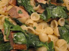 Annies Mac & Cheese with Spinach and Chicken Sausages