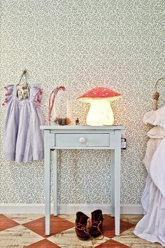 Kids room - Home of Stewart and Jane Devlin - Milk Decoration