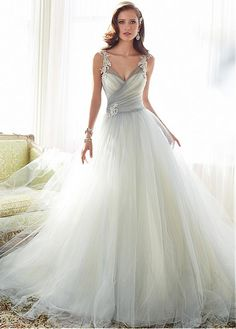 Elegant Tulle V-neck Neckline Natural Waistline A-line Wedding Dress With Beaded Lace Appliques