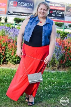 plus size maxi skirt date night outfit -2