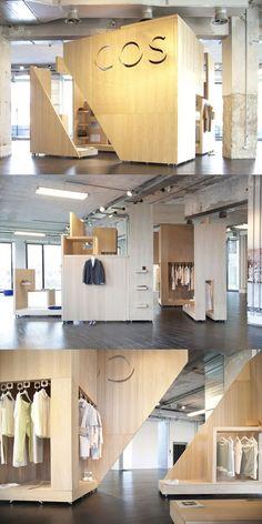 Cos pop-up showroom in milano store design в 2019 г. Stand Design, Booth Design, Store Window Displays, Retail Displays, Shop Displays, Visual Merchandising, Retail Store Design, Retail Stores, Interior Architecture